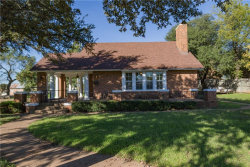 Photo of 209 N Parks Street, Breckenridge, TX 76424 (MLS # 13954002)