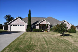 Photo of 803 Fairview Circle, Krugerville, TX 76227 (MLS # 13963835)