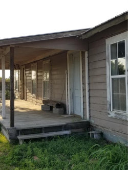 Photo of 811 E O'Neal, Wills Point, TX 75169 (MLS # 13965947)