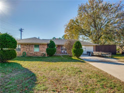 Photo of 510 Simmons Street, Denton, TX 76205 (MLS # 13971812)