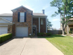 Photo of 1504 Creek Bank Lane, Arlington, TX 76014 (MLS # 13975597)