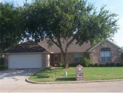 Photo of 1401 Buckingham Lane, Kaufman, TX 75142 (MLS # 13990097)