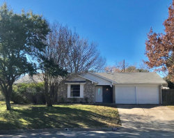 Photo of 5309 Westminster Court S, Fort Worth, TX 76133 (MLS # 14006030)