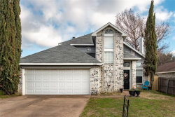 Photo of 5628 Shady Springs Trail, Fort Worth, TX 76179 (MLS # 14006146)