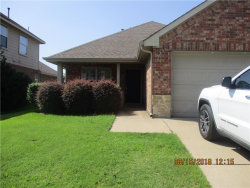 Photo of 640 Darlington Trail, Fort Worth, TX 76131 (MLS # 14007145)