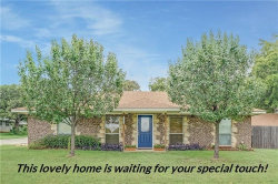 Photo of 324 W 3rd Terrace, Springtown, TX 76082 (MLS # 14012978)