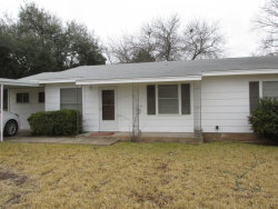 Photo of 908 Calcutta Street, Brady, TX 76825 (MLS # 14013520)