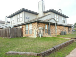Photo of 111 Peachtree Court, Unit D, Kennedale, TX 76060 (MLS # 14014479)
