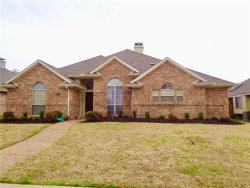 Photo of 1312 Black Oak Drive, Carrollton, TX 75007 (MLS # 14026690)