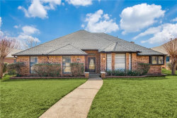 Photo of 1127 Shawnee Trail, Carrollton, TX 75007 (MLS # 14028447)