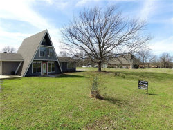 Photo of 119 Vz County Road 3715, Wills Point, TX 75169 (MLS # 14029695)