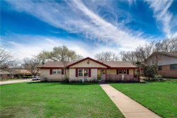 Photo of 1901 Northcliff Drive, Euless, TX 76040 (MLS # 14043114)