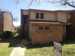 Photo of 2104 Westkendal Lane, Arlington, TX 76015 (MLS # 14043646)