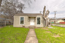 Photo of 1733 Greenfield Avenue, Fort Worth, TX 76102 (MLS # 14043758)