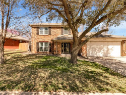 Photo of 615 Mission Hills Drive, Arlington, TX 76018 (MLS # 14043893)