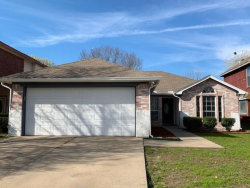 Photo of 927 Ashmount Lane, Arlington, TX 76017 (MLS # 14043974)