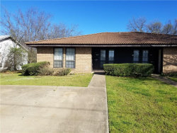 Photo of 413 W Pelton Street, Unit B, Sherman, TX 75092 (MLS # 14044043)