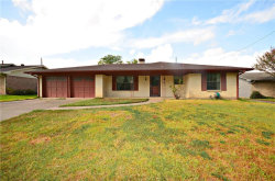 Photo of 517 Oxford Drive, Sherman, TX 75092 (MLS # 14044137)