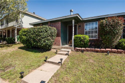 Photo of 5841 Tinsley Drive, Arlington, TX 76017 (MLS # 14045136)