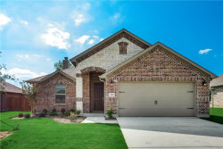 Photo of 142 Creekside Drive, Sanger, TX 76266 (MLS # 14046494)
