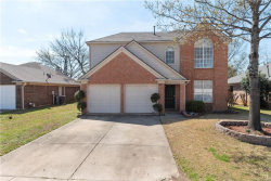 Photo of 316 Branch Bend, Euless, TX 76039 (MLS # 14046555)