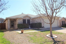 Photo of 5216 Bedfordshire Drive, Fort Worth, TX 76135 (MLS # 14048393)