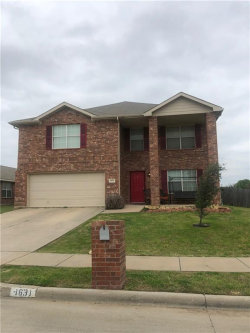 Photo of 1631 Santa Fe Trail, Krum, TX 76249 (MLS # 14056116)