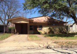 Photo of 1918 S China Street, Brady, TX 76825 (MLS # 14060984)