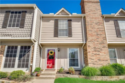 Photo of 15 Abbey Road, Euless, TX 76039 (MLS # 14068461)