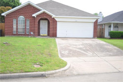 Photo of 7116 Park Creek Circle E, Fort Worth, TX 76137 (MLS # 14071173)