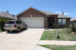 Photo of 10624 Park City Trail, Fort Worth, TX 76140 (MLS # 14071212)