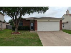 Photo of 628 Bluejay Drive, Saginaw, TX 76131 (MLS # 14088498)