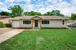 Photo of 705 Cannon Drive, Euless, TX 76040 (MLS # 14091193)