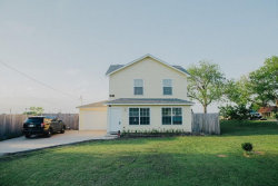 Photo of 301 E Young Street, Howe, TX 75459 (MLS # 14097061)