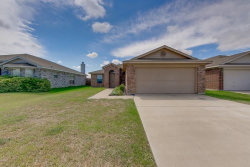 Photo of 756 Buffalo Springs Drive, Fort Worth, TX 76140 (MLS # 14105896)