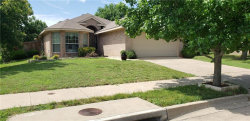 Photo of 2001 Moonlight Trail, Heartland, TX 75126 (MLS # 14106073)
