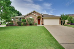 Photo of 11 Rochelle Court, Mansfield, TX 76063 (MLS # 14120110)