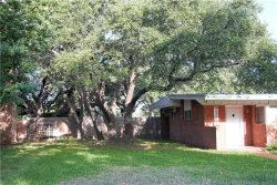 Photo of 2002 S China Street, Brady, TX 76825 (MLS # 14121258)