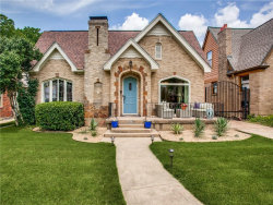 Photo of 1042 N Edgefield Avenue, Dallas, TX 75208 (MLS # 14136319)