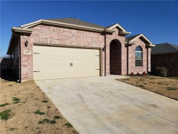 Photo of 1937 Belshire Court, Fort Worth, TX 76140 (MLS # 14165799)