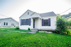 Photo of 1101 Collier Street, Denton, TX 76201 (MLS # 14168891)