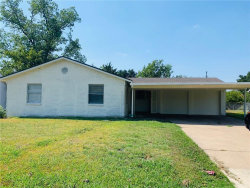 Photo of 2528 W Rochelle Road, Irving, TX 75062 (MLS # 14171538)
