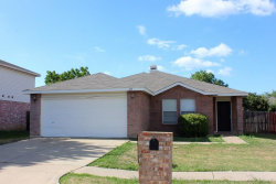 Photo of 815 Encino Drive, Arlington, TX 76001 (MLS # 14191301)
