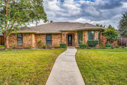 Photo of 1634 Silverleaf Drive, Carrollton, TX 75007 (MLS # 14199716)