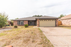 Photo of 6226 Hott Springs Drive, Arlington, TX 76001 (MLS # 14201954)