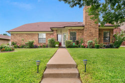 Photo of 1519 Mission Ridge Trail, Carrollton, TX 75007 (MLS # 14210839)