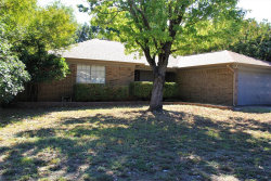 Photo of 4506 Woodcreek Drive, Arlington, TX 76016 (MLS # 14211687)