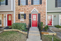 Photo of 54 Abbey Road, Euless, TX 76039 (MLS # 14226573)