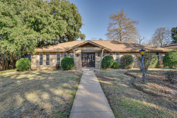 Photo of 1805 Kingsborough Drive, Arlington, TX 76015 (MLS # 14261282)