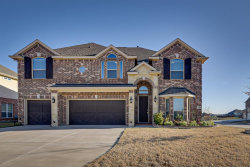 Photo of 800 Derbyshire Lane, Mansfield, TX 76063 (MLS # 14263374)